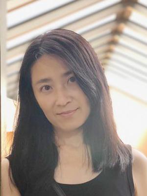 吉本 智子 顔写真